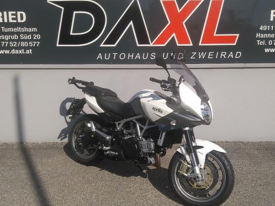 Aprilia Na Mana 850 bei Daxl – Autohaus und Zweirad in Oberösterreich in Ihre Fahrzeugfamilie