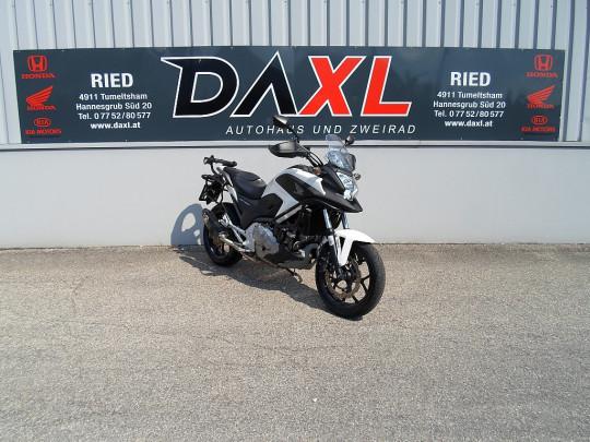 Honda NC 700X ABS bei Daxl – Autohaus und Zweirad in Oberösterreich in Ihre Fahrzeugfamilie
