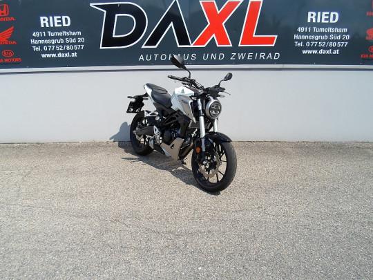 Honda CB 125R bei Daxl – Autohaus und Zweirad in Oberösterreich in Ihre Fahrzeugfamilie
