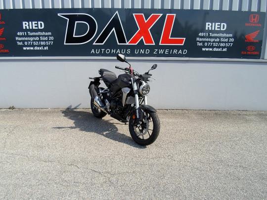 Honda CB 300 R bei Daxl – Autohaus und Zweirad in Oberösterreich in Ihre Fahrzeugfamilie