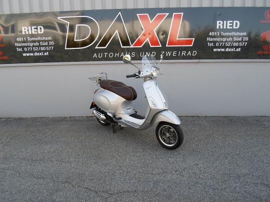 Vespa Primavera 125 3V bei BM || Daxl Bikes in