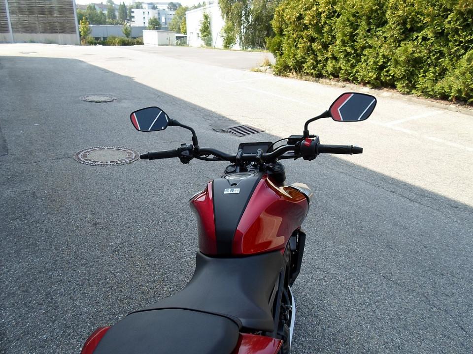 81679_1406427559623_slide bei BM || Daxl Bikes in