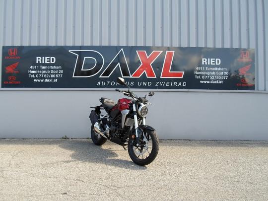 Honda CB 300R CB300R ABS bei BM || Daxl Bikes in