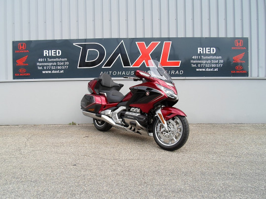 Honda GOLDWING TOUR DCT AIRBAG NAVI bei BM || Daxl Bikes in